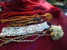 6piécs d embrases anciennes diverses ,guipure ,pompons etc