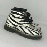 Nordstorm Girls White Black Leather Sneakers Shoes Size 9 Ankle Animal Print