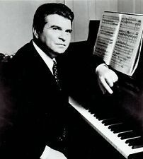 1979 Vintage Photo Pianist Emil Gilels poses with New York Philharmonic for PBS