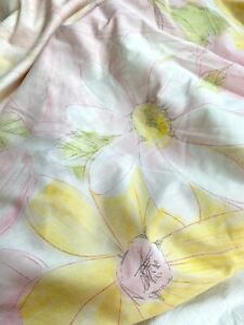 Vintage 1960s Cannon Twin Fitted Sheet Heavenly Daisy Pink Faded Floral AS IS