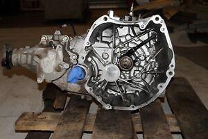 Nissan Qashqai 2.0 J10E Getriebe Verteiler 6 Gang F6 Schaltgetriebe 104KW 141PS
