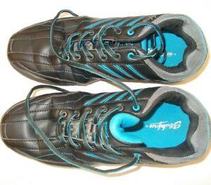 Men's Bowling Shoes  Strikeforce Black Great Condition.