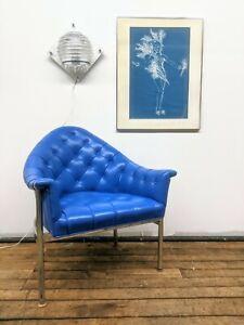 Rare handsome Milo Baughman mcm tufted lounge chair, Blue and Chrome!
