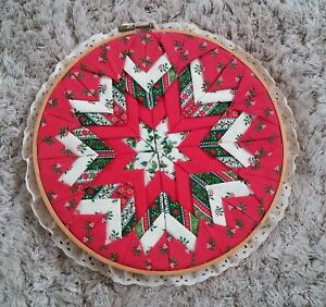 Vintage Christmas Quilted Pattern in Embroidery Hoop