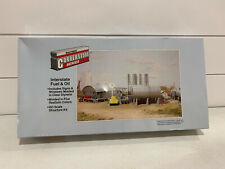 Walthers Cornerstone Interstate Fuel & Oil HO model train structures