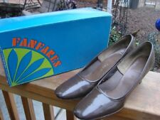 Vintage Brown Patent Leather Ladies Pumps Size 7 1/2Aaa