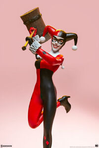 """Sideshow DC Comics Batman Harley Quinn 1/6 Scale 12"""" Collectibles Figure In Hand"""