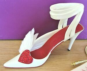 Just The Right Shoe - Hearts Aflutter, limited edition 2003 Valentine's Day shoe