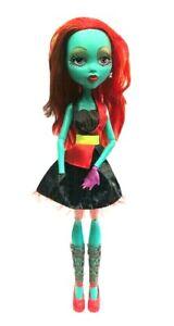 Mattel Monster High Gore-geous Ghoul Beast Freaky Friend Eye Changer Green 67cm