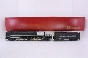 Rivarossi HO Scale Southern Pacific 4-8-8-2 Cab Forward Locomotive and Tender