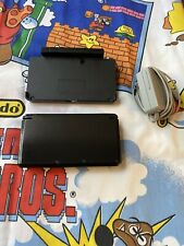 NINTENDO 3DS HANDHELD CONSOLE W/ CHARGER DOCK  CTR-001 TESTED WORKING GREAT