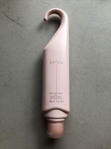 AVON  -  Peony Soft Musk  -  Bath And Shower Gel  NEW
