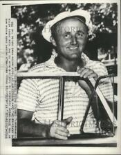 1952 Press Photo Ted Kroll after defeating Middlecoff at PGA Tournament game