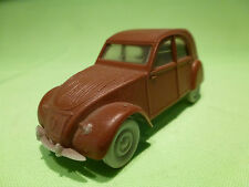 VERY OLD PLASTIC  1:43   CITROEN 2CV    - IN VERY GOOD CONDITION