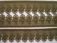 1 Meter Spitze oliv grün 5,4cm breit Borte Eröffnungspreis