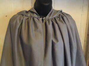 Hooded Celtic Outlander 18th Century Or Renaissance Cloak