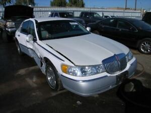 Driver Left Headlight Fits 01-02 LINCOLN & TOWN CAR 161057