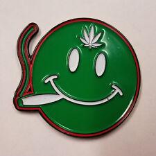 JOINT SMOKING SMILEY FACE - HAT PIN - BRAND NEW - POT WEED MARIJUANA HP901