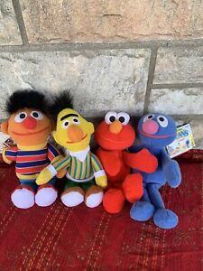 Sesame Street Beans Lot of 4,Tyco 1997 Plush Bert Ernie, Zoe Grover & Elmo