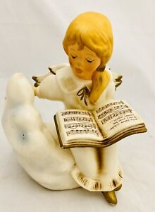 Goebel Weihnacht Angel Sitting On Cloud With Song Book Figurine