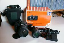 Sony Alpha 200 + DT18-70mm F3,5-5,6 + SigmaDC 17-70 F2,8-4,5 + accessori e borsa