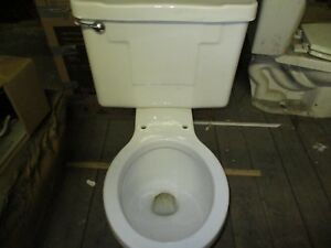 VINTAGE WHITE 3.5 GAL TOILET S 21 ON TANK LID ROUND FRONT