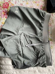 under armour shorts women Size Small