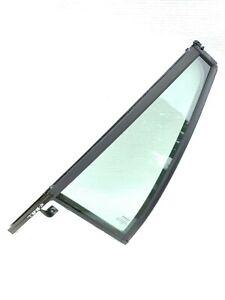 VOLVO XC90 REAR LEFT QUARTER TRIANGULAR WINDOW GLASS 09483935