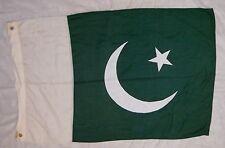 """FLAG """"PAKISTAN"""" VALLEY FORGE FLAG CO. 50""""x31"""" POLY/COTTON, SEWN DESIGN, GOOD!"""