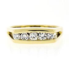 Vintage 18k Yellow Gold 0.32ctw 5 Stone Channel Round VVS Diamond Band Ring