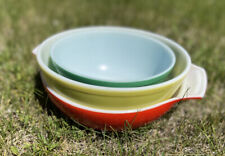 Pyrex Primary Colors Nesting Mixing Bowls Set of 3 Vintage