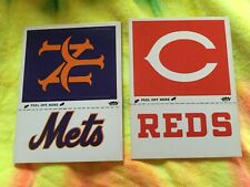 1977 FLEER GLOSSY BASEBALL TEAM  PATCHS NEW YORK METS  & REDS LOT OF 2