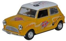 Oxford Diecast MIN022 Mini Cooper Just Divorced 1:43 Diecast Gift Model
