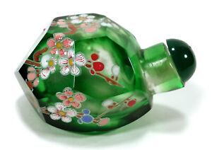 CHINESE ENAMELED GREEN CLEAR FACETED PEKING GLASS SNUFF BOTTLE PRUNUS FLOWERS