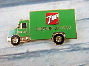 Missouri Jaycee 1984 Vintage Green 7 UP Soda Transport Truck Enameled Lapel Pin