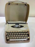 Macchina da scrivere portatile Adler  Triumph Tippa Beige & crema anni 60