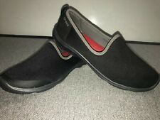 Crocs Women Gray loafers Slip on Flat Shoes Red insole Fabric Upper Size US 8
