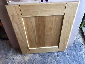 Howdens Solid Oak Tewkesbury 50cm Shaker Kitchen Door