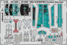 Eduard Zoom FE669 1/48 Mikoyan MiG-25PD/PDS Foxbat Kitty Hawk