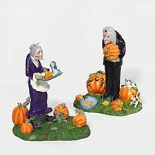 Dept 56 SV GRAVELY HAUNTING 2004 Halloween Snow Village Accessory MIB 55240