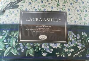 Laura Ashley Bramble Berry TWIN Flat Sheet - 66 × 96 - NEW - Blue Green Cottage