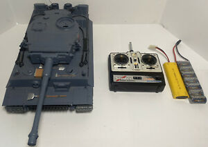 HengLong 1/16 3818 Full Real Action RC Battle Tank Untested w/ Remote