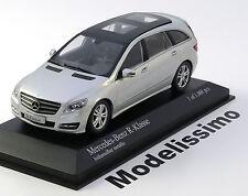 1:43 Minichamps Mercedes R-Class 2010 silver
