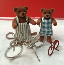 MCDONALD'S FARMHOUSE FANN & FRED SHE & HE TEDDY BEARS SET 1999 & 2 BICYCLE GIFT