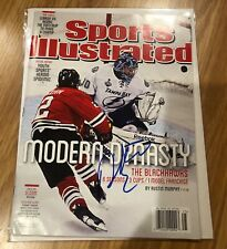 Chicago Blackhawks DUNCAN KEITH Signed Auto Sports Illustrated SI NO LABEL