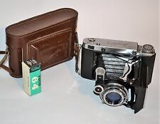 1958 RUSSIAN USSR MOSKVA-5 6x9 MEDIUM FORMAT CAMERA + FILM (ITEM №15)