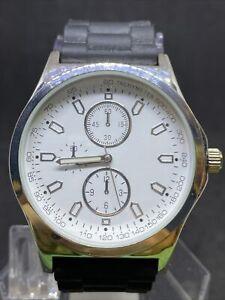 Jcpenny Mens Mac5049 Silver Tone Black Strap Watch #29