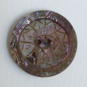 Button Antique - Mother-of-Pearl - 0 23/32in - Carved Shel Button