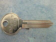 MERCEDES 180 Ponton chiave pezzo grezzo W 120 1953-61 n. 477