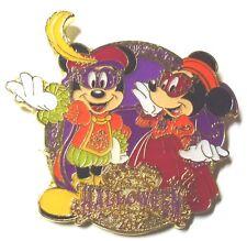 Disney Pin Badge Tokyo Disney Sea (TDS) - Halloween 2012 Mickey & Minnie